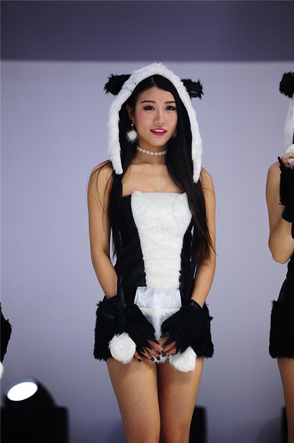 熊猫妹子CJ美图 《太极熊猫3:猎龙》SG舞娘团