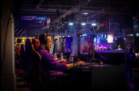 电竞职业化后,游戏产业何去何从?