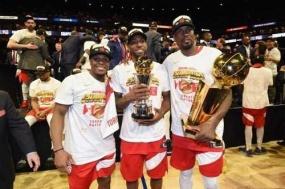 NBA总决赛猛龙夺冠,勇士队虽败犹荣!来《NBALIVE》感受比赛现场