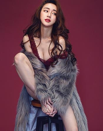 西山居展台Showgirl——南晞